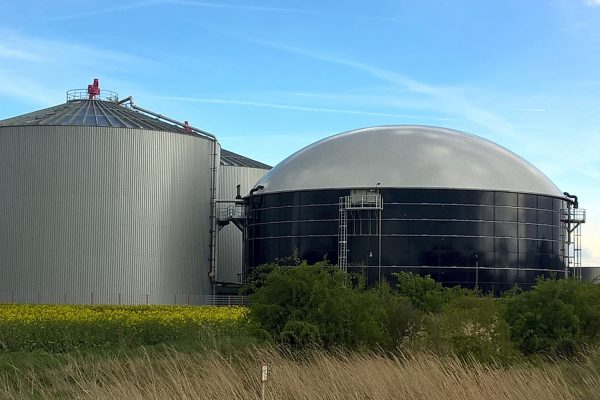 Waste products to renewable biogas